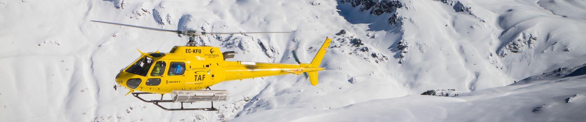 heliski-baqueira-helicoptero-esquiar